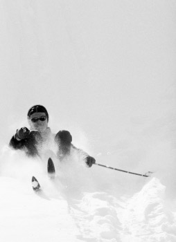 Soft landing. Salla, Lapland, Finland 1968. Photo by Kalervo Ojutkangas.